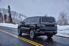 2022-jeep-jeep-wagoneer_100784371_h.jpg